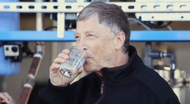 Gates_drinking_water