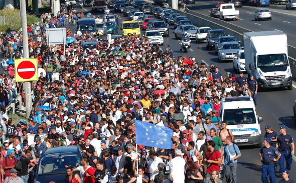 refugiati_budapesta_austria